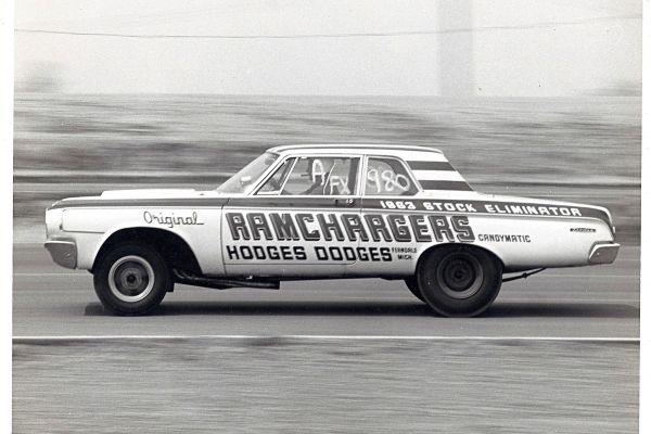 ramchargers-1964-afx-pass-hemiBB5F1F55-48D8-C482-E13E-D310DF60FA86.jpg